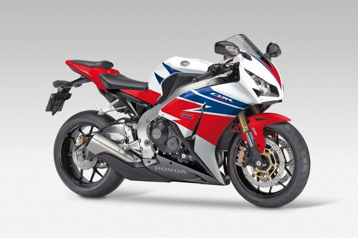 2013-Honda-CBR1000RR-WSBK-02