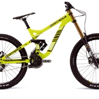 Commencal vs Scott