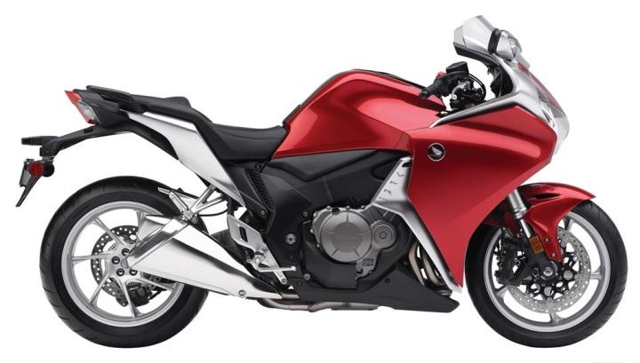 Honda_VFR1200F_01_1024x768