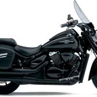 2013 Suzuki Intruder C1500T vs 2013 Moto Guzzi California 1400