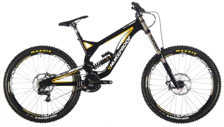 Nukeproof pulse-pro-downhill-und-freeride-komplettbike-2013