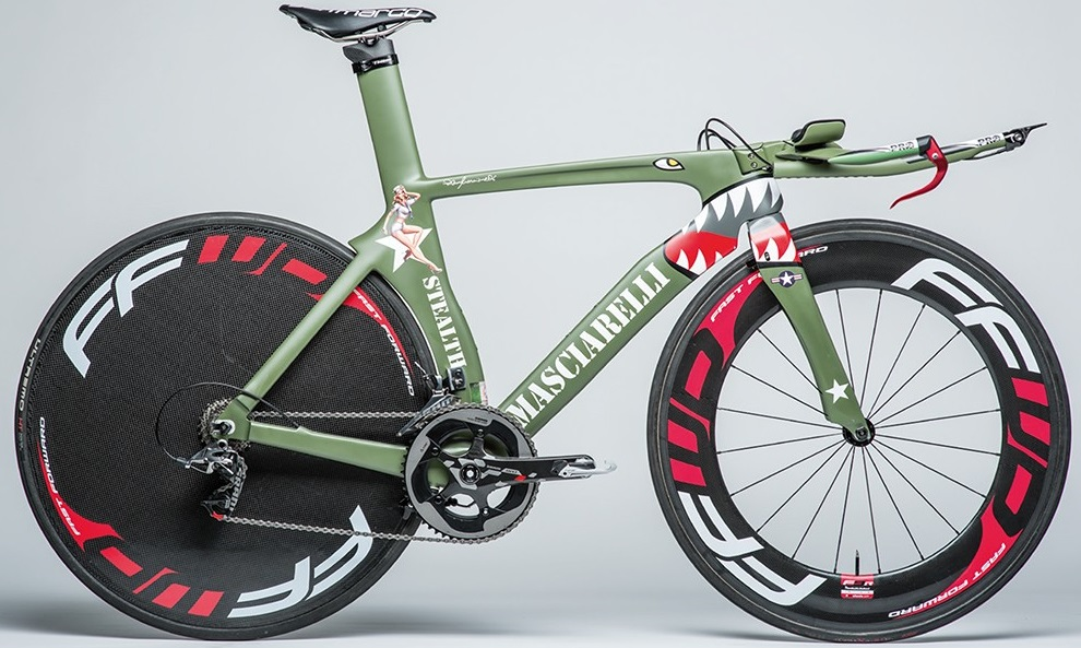 Masciarelli vs canyon bikewar for Custom bicycle painting