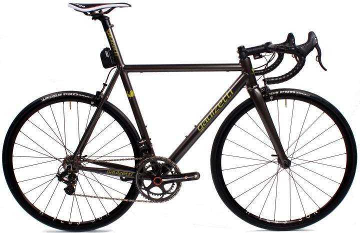 Gaulzetti corsa black