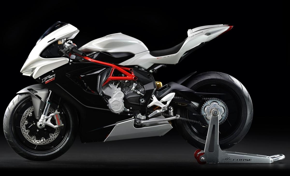 2014:  MV Agusta F3 800 vs Ducati 848 Evo