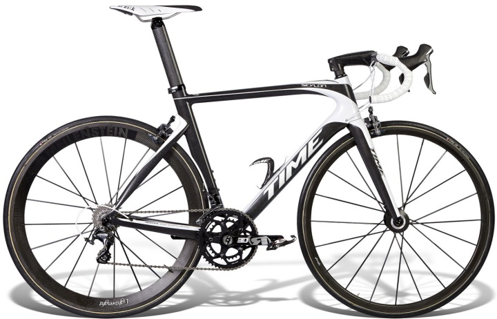 2015 Time Skylon black white campy