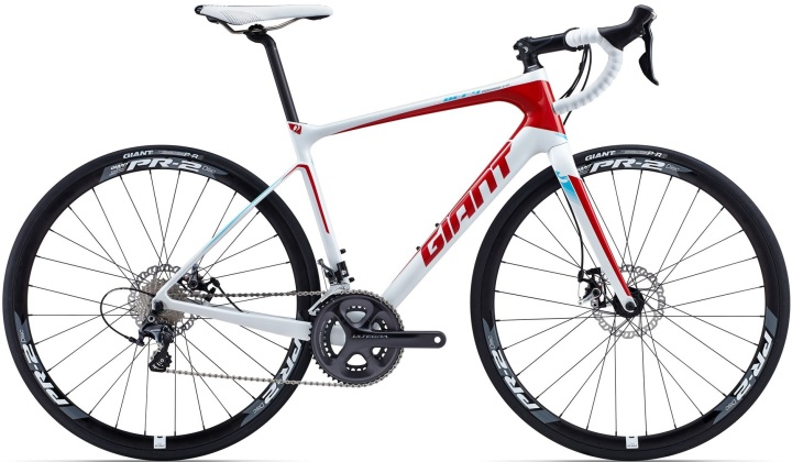 GIANT-Defy-Advanced-Rennrad-black-white- red disc ultegra 2015