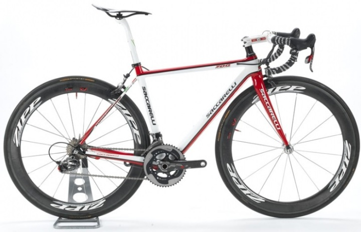 2015 Saccarelli 700 sram red white black