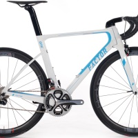Factor vs Pinarello