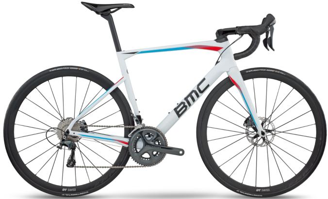 2017 BMC Roadmachine 01 white ultegra disc light blue red